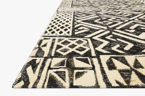 Mika Indoor/Outdoor Rug in Ivory & Black by Loloi