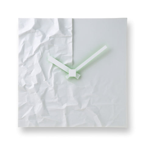 Crinkle Clock design by Lemnos