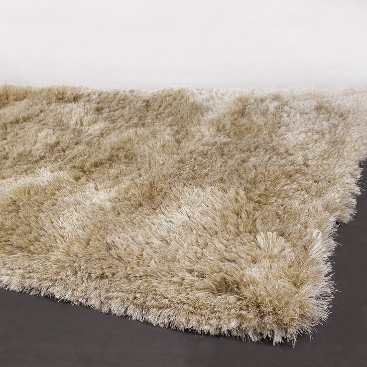 Naya Collection Hand-Woven Area Rug design by Chandra rugs