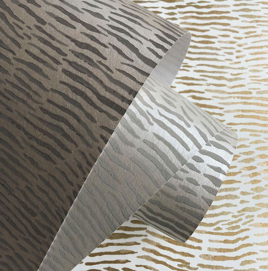 Arles Wallpaper in silver from the Les Indiennes Collection by Osborne & Little