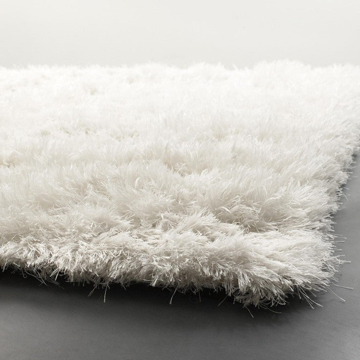 Oyster Collection Hand-Woven Area Rug