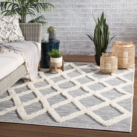 Bandalier Indoor/ Outdoor Trellis Gray & Cream Area Rug