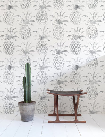 Pina Pintada Wallpaper in Gull design by Aimee Wilder