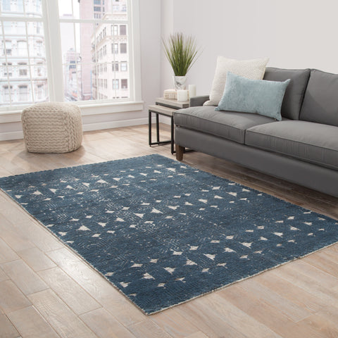 Abelle Medallion Rug in Moonbeam & Dark Slate