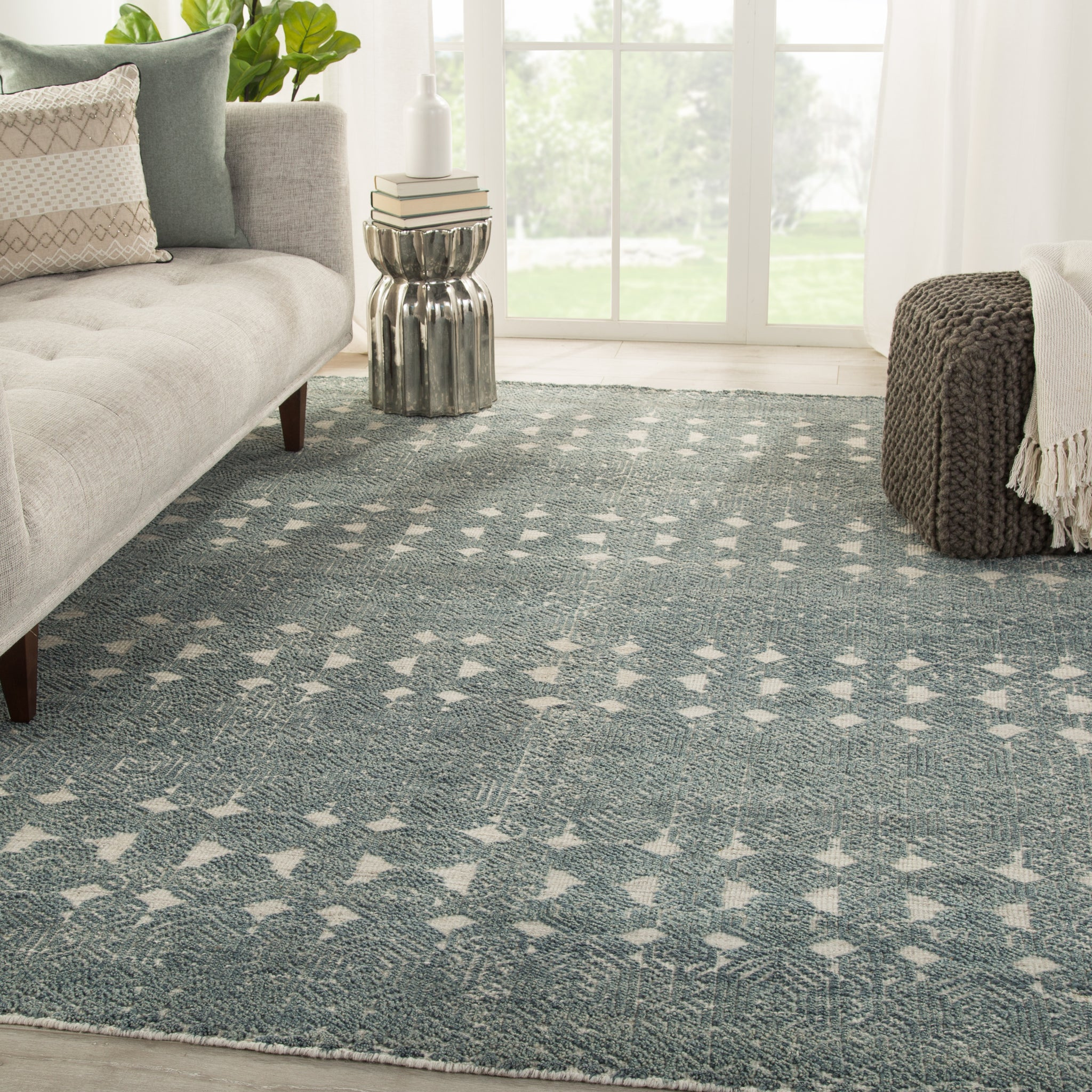 Abelle Hand Knotted Medallion Teal Light Gray Rug Burke Decor