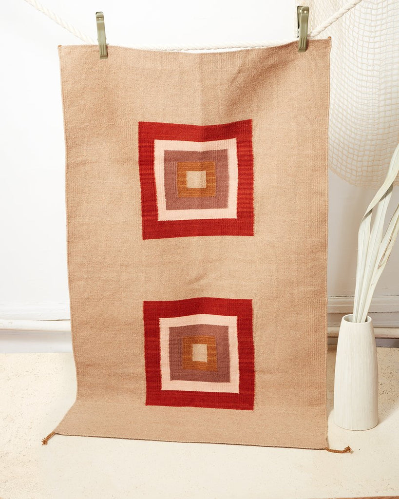 Cubitos Rug in Rust design by Minna