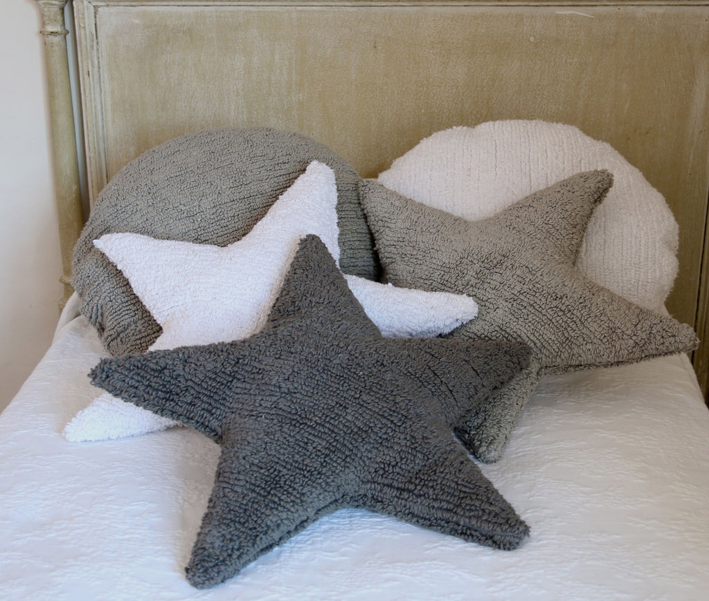 Star Cushion in White design by Lorena Canals
