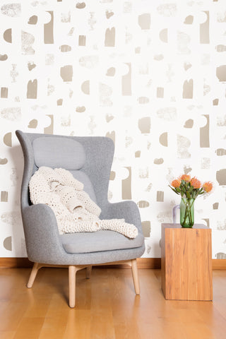 Silhouettes Wallpaper in Champagne and Cream by Juju
