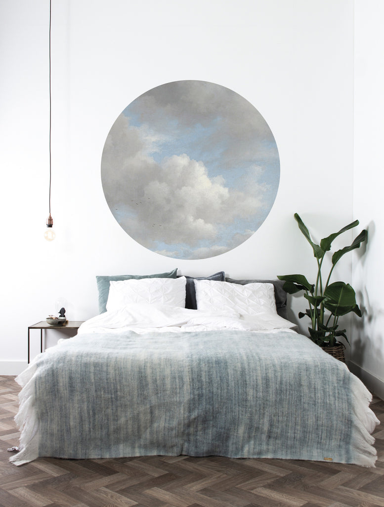 Small Wallpaper Circle in Golden Age Clouds 007 by KEK Amsterdam