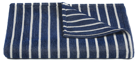 Aria Collection Throw in Blue & White