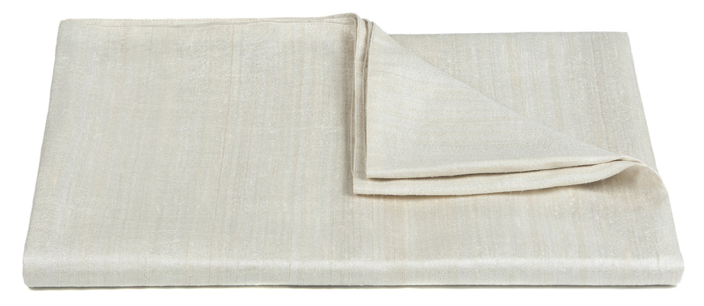 Vesper Collection Throw in Bleach design by Chandra rugs