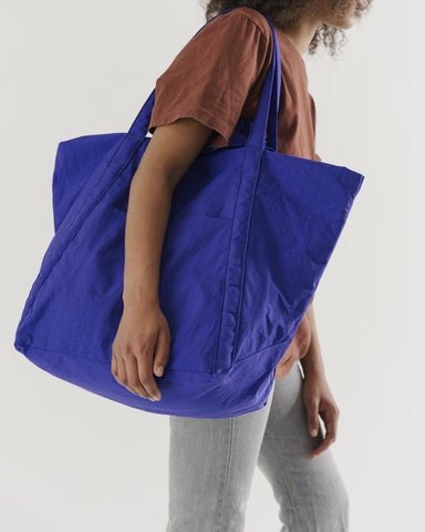 Travel Cloud Bag in Cobalt