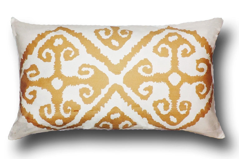 Ivonne Pillow design by Canterbury Collections