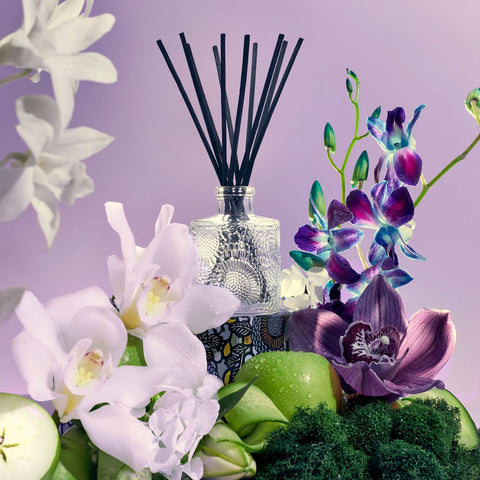 Apple Blue Clover Reed Diffuser