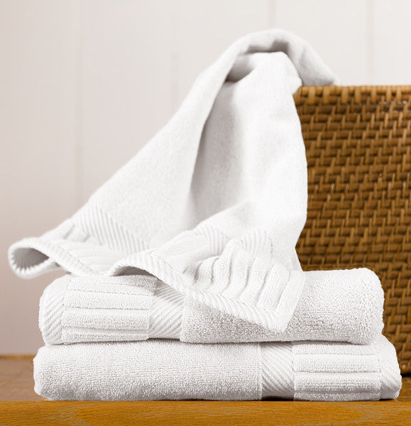 Set Of 3 Zenith Hand Towels In Assorted Colors Design By