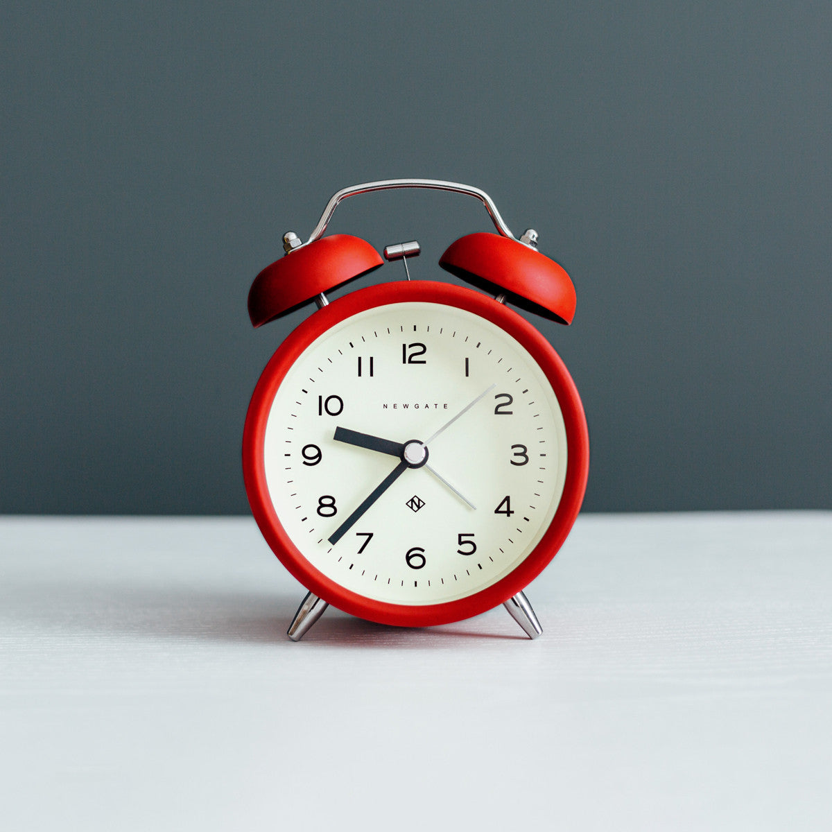 Charlie Bell Echo Alarm Clock In Fire Engine Red Design By Newgate