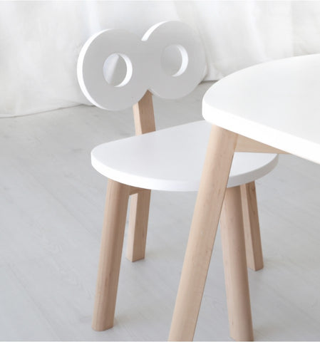 Double-O Chair in White