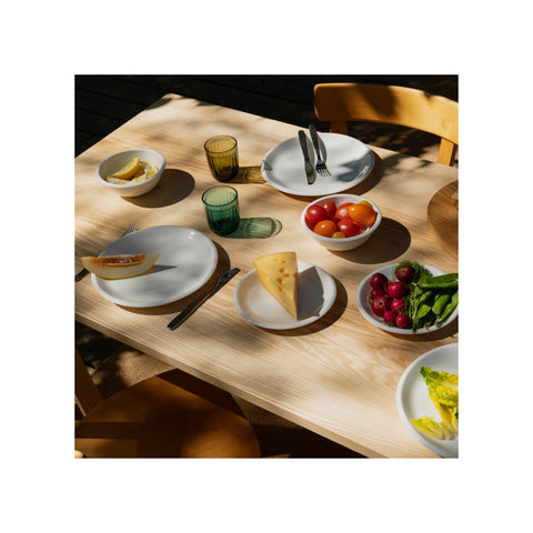 Raami Deep Plate in White design by Jasper Morrison for Iittala