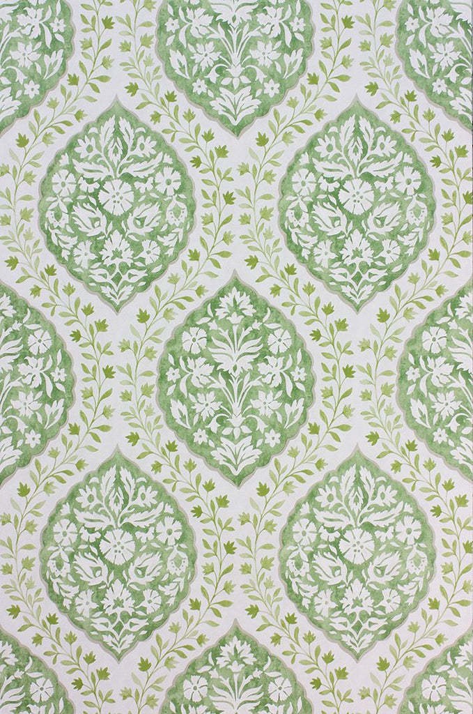 Marguerite Wallpaper in green from the Les Rêves Collection by Nina Campbell
