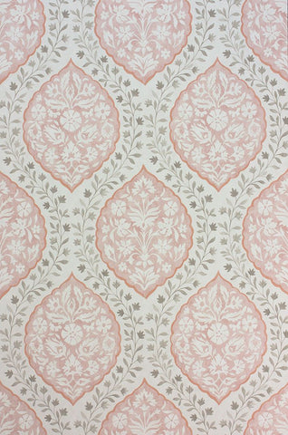 Sample Marguerite Wallpaper in light pink from the Les R��ves Collection by Nina Campbell