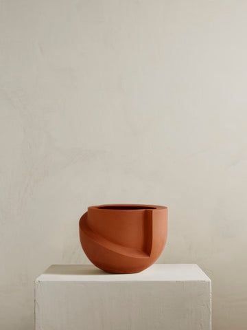 VAYU Ceramic Tabletop Planter in Terracotta