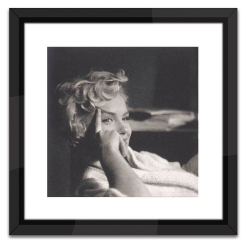 Marilyn Monroe in Black and White Print