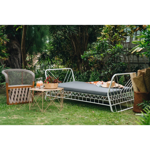 Mavericks's Daybed design by Selamat