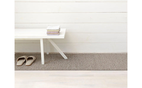 Heathered Shag Indoor/Outdoor Mat in Pebble by Chilewich