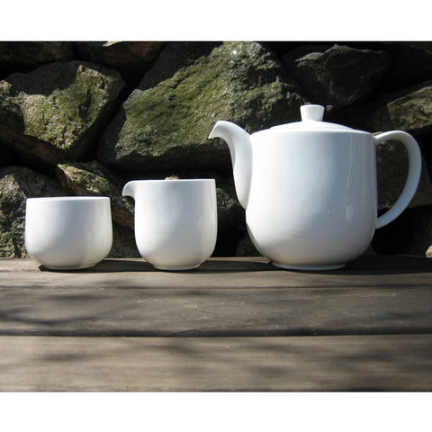 Oyyo White Small Jug design by Teroforma