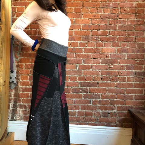 Rise Up Black/Red Maxi Skirt