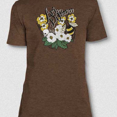Bee Fitted Tee