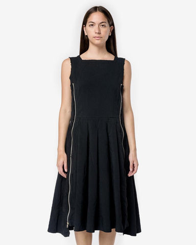 Pleated Zipper Sleeveless Dress in Black