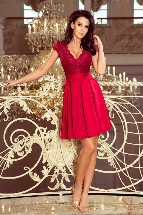 Sleeveless Red Mini Dress with Pleats - Morvarieds Fashion