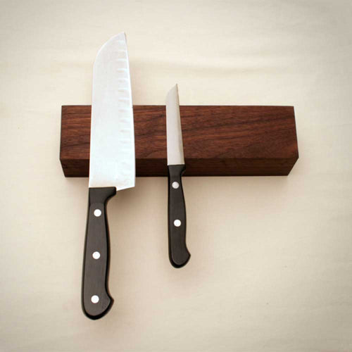 WALNUT MAGNETIC KNIFE BAR