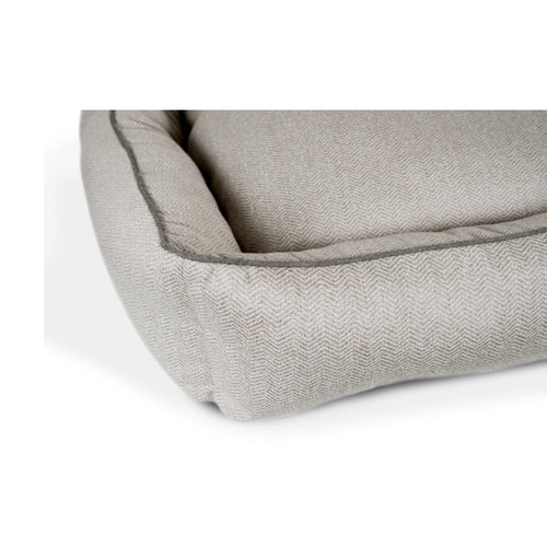 HUGGER PET BED - FOGGY FELINE