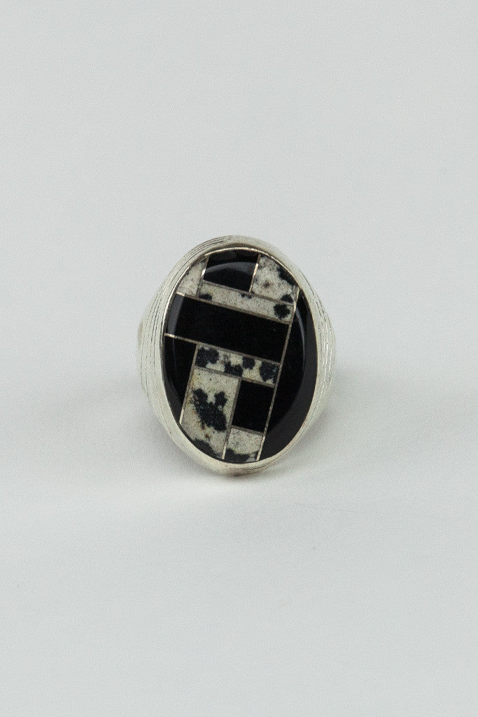 Black Onyx Oval Inlay Ring - Bow&Arrow