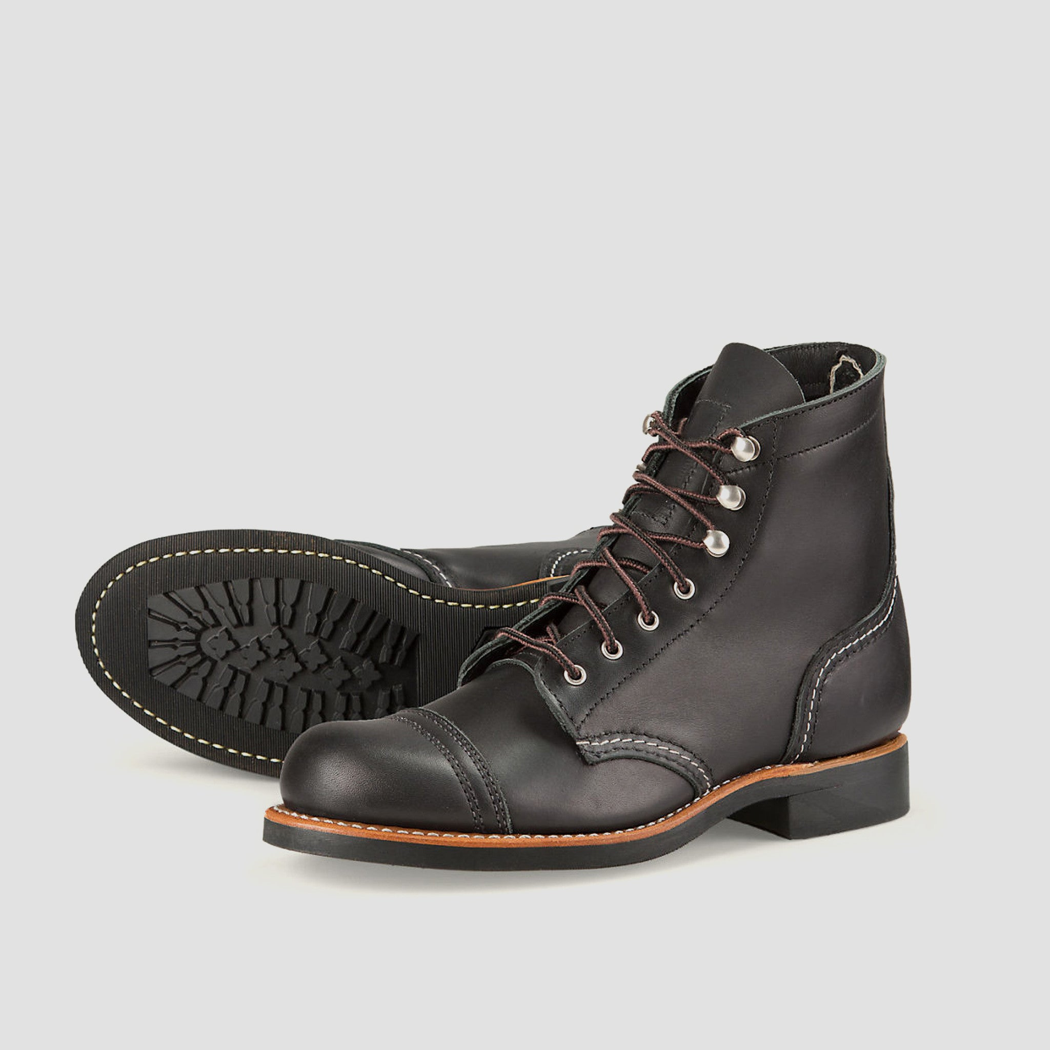 Red Wing - Women's Iron Ranger - Charcoal