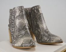 Load image into Gallery viewer, SNAKE SKIN BOOTIE