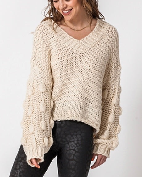 CREAM BUBBLE SWEATER