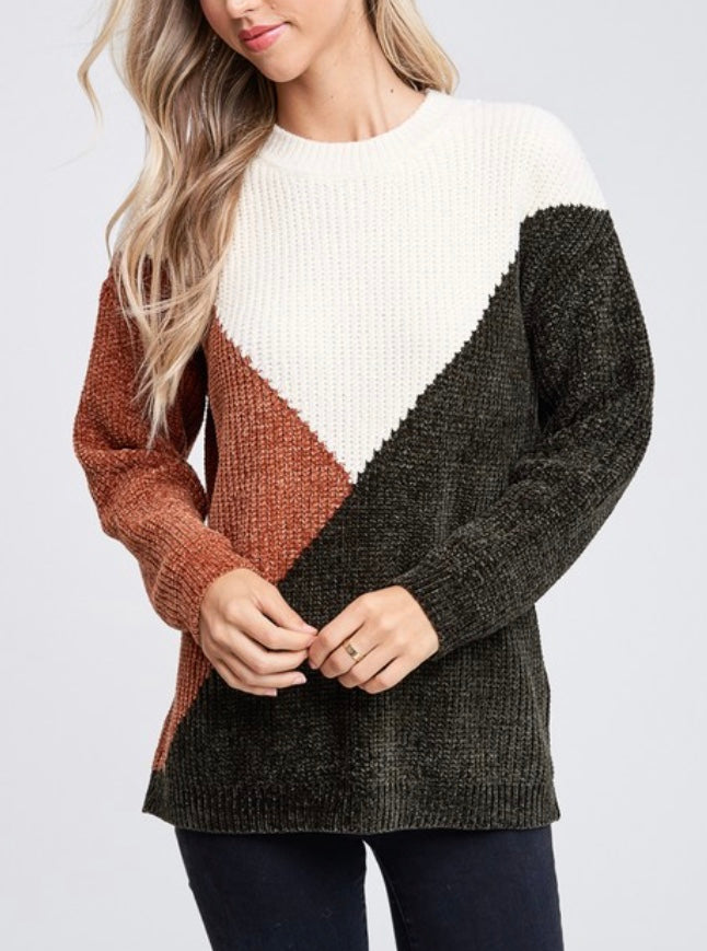 CREAM BLOCK SWEATER