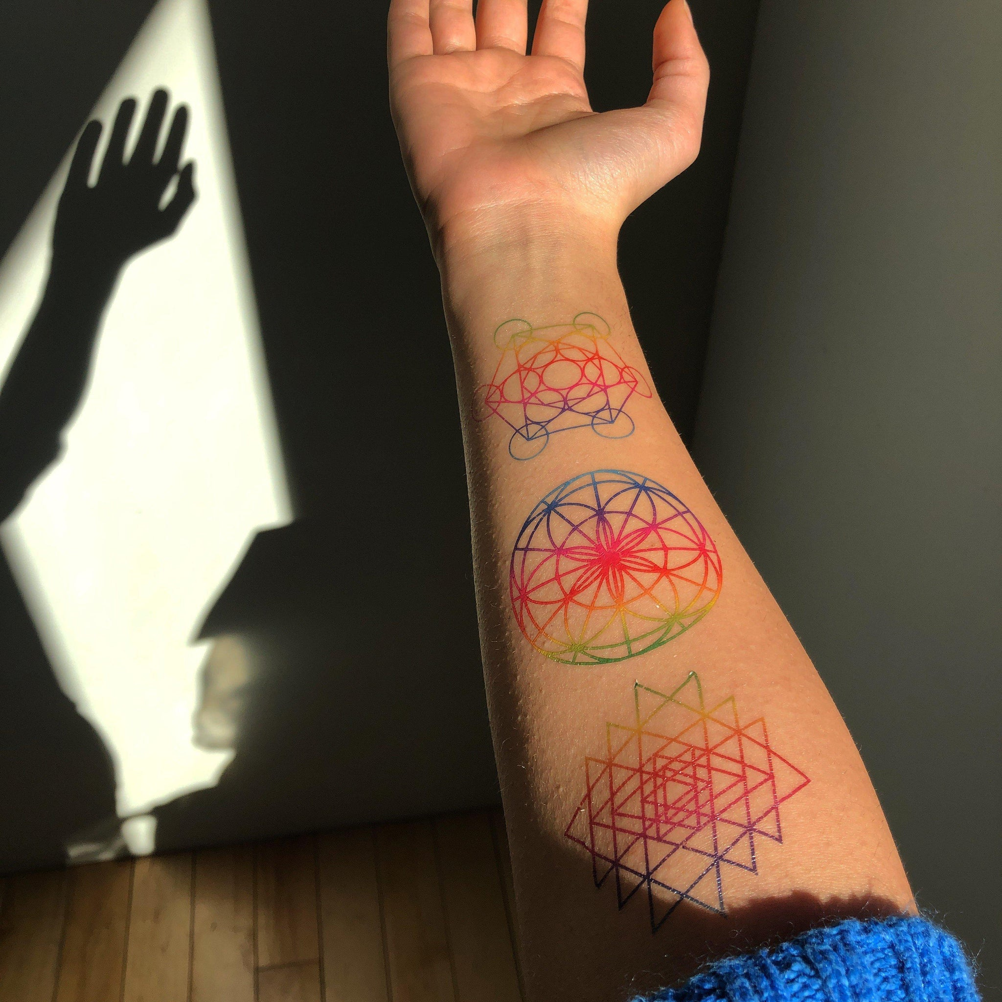 5d9f60e23 ... Load image into Gallery viewer, Sri Yantra Rainbow-Tattoo Moments