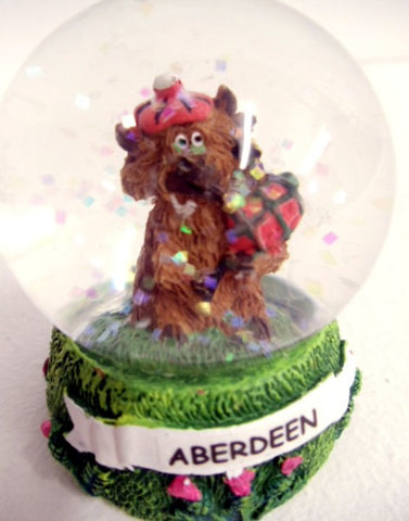 Aberdeen Scotland Highland Cow with Bagpipes Snow Globe