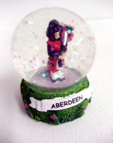 Aberdeen Scotland Piper Snow Globe