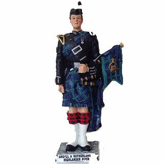 Argyll & Sutherland Highland Piper Figurine (small)