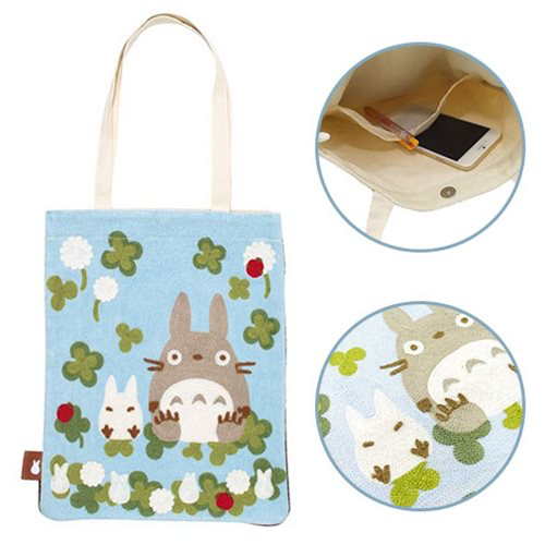 """My Neighbor Totoro"" Totoro Among Clovers Tote Bag"