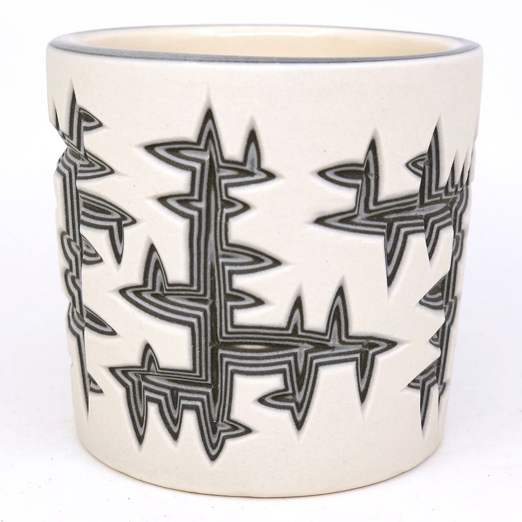 Perpendicular Tumbler 9 Layer Carving- White and Black
