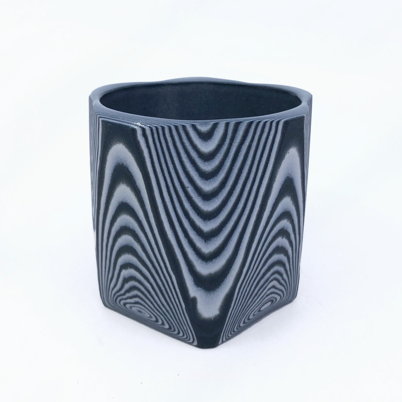Black and White 30 Layer Faceted Tumbler (5 sided)