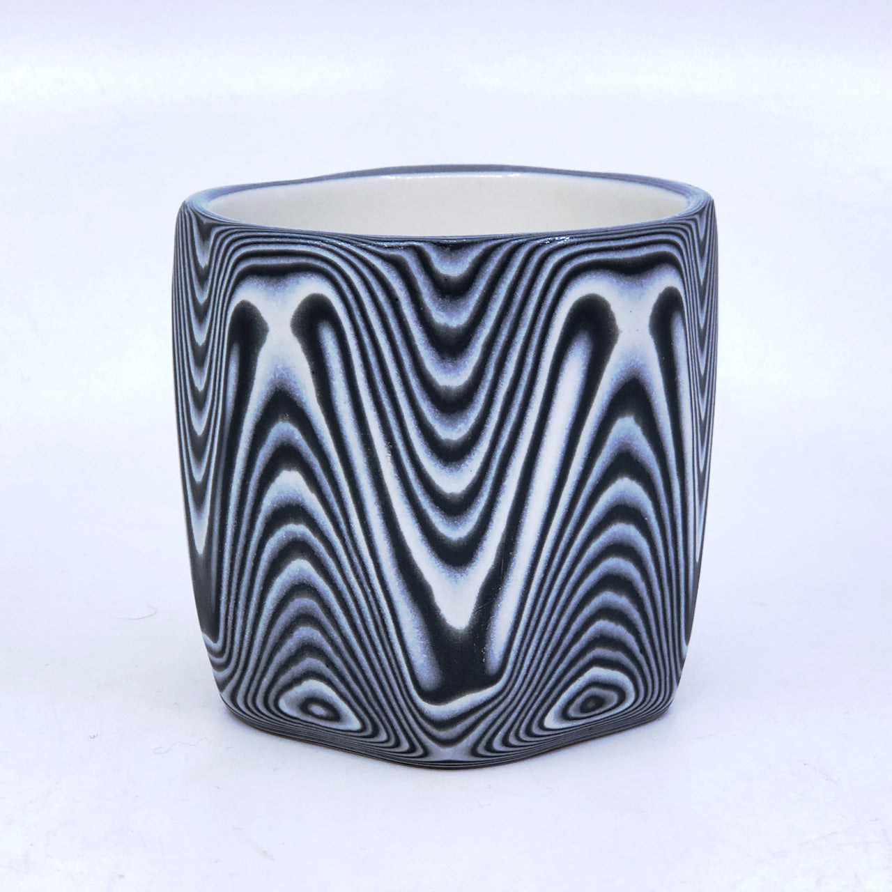 B&W Zig Faceted 39 Layer Tumbler