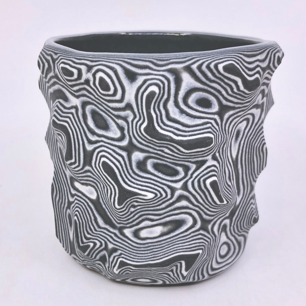 Black & White 25-Layer Topography Tumbler