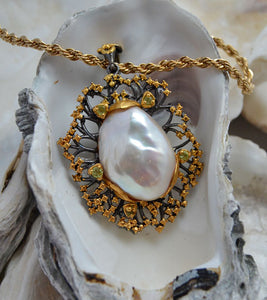 Baroque Pearl with Peridots